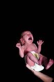 Bebé recién nacido gritador fotos de archivo