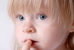 Bebé triste Foto de archivo libre de regalías