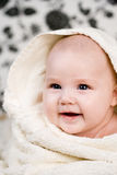 Bebé y la toalla Fotografía de archivo libre de regalías