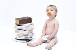 Bebé y libros Fotografía de archivo libre de regalías