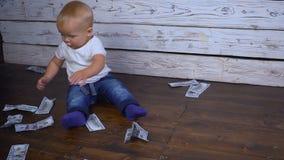 Bebé y mucho hd del dinero metrajes