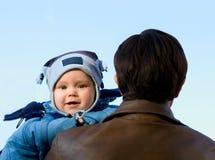 Bebé y padre Imagenes de archivo