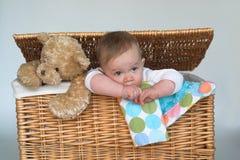 Bebé y peluche Imágenes de archivo libres de regalías