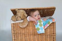 Bebé y peluche Foto de archivo libre de regalías