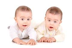 Bebés gemelos Imagen de archivo libre de regalías