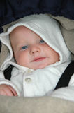 Bebê acordado no Buggy foto de stock