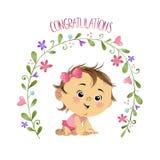 Bebê bonito pequeno com flores Fotos de Stock