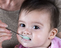 Bebê com fome Imagem de Stock