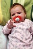 Bebê com pacifier Fotografia de Stock Royalty Free