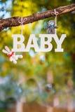 Bebê da palavra e brinquedos bonitos de confecção de malhas Imagem de Stock
