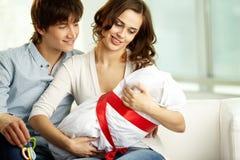 Bebê da terra arrendada Imagens de Stock