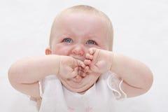 Bebê de grito virado imagens de stock royalty free