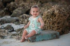 Bebê de sorriso do bebê de um ano Imagens de Stock Royalty Free