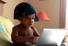 Bebê do computador imagens de stock
