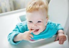 Bebê do bebê de um ano com cabelo vermelho Fotografia de Stock Royalty Free