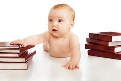 Bebê e livros imagem de stock royalty free