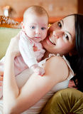 Bebê e matriz foto de stock