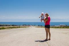 Bebê e matriz Fotografia de Stock