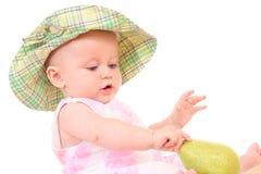 Bebê e pera imagens de stock royalty free