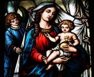 Bebê Jesus da terra arrendada de Mary de Virgin Imagens de Stock