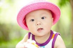 Bebê no chapéu vermelho Imagens de Stock