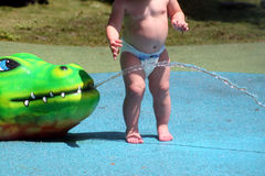 Bebê no jogo fotos de stock
