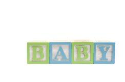 Bebê no trajeto de grampeamento dos blocos das crianças Foto de Stock Royalty Free