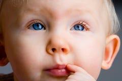 Bebê pensativo Imagem de Stock Royalty Free