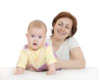 Bebê pequeno com matriz Fotografia de Stock Royalty Free