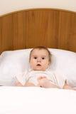 Bebê pequeno surpreendido Fotografia de Stock