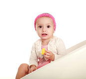 Bebê pequeno surpreendido na vista branca do fundo imagens de stock royalty free