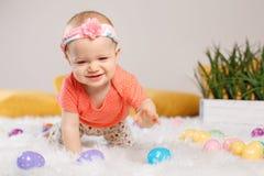 Bebê que comemora o feriado da Páscoa Fotografia de Stock