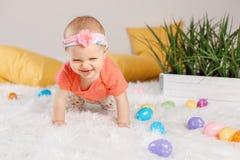 Bebê que comemora o feriado da Páscoa Foto de Stock Royalty Free