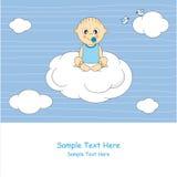 Bebê que senta-se em uma nuvem Fotografia de Stock Royalty Free