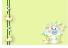 Bebê que toma um banho Fotografia de Stock