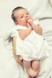 Bebê recém-nascido bonito fotos de stock royalty free