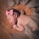 Bebê recém-nascido doce bonito Fotografia de Stock Royalty Free