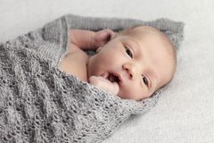Bebê recém-nascido no estúdio Imagem de Stock
