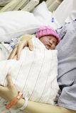 Bebê recém-nascido no hospital Imagem de Stock