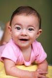 Bebé bonito no fundo verde Foto de Stock Royalty Free