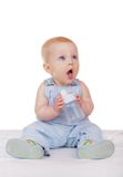Bebé con una botella Fotografía de archivo libre de regalías