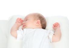 Bebê do infante recém-nascido que dorme nela para trás Imagens de Stock Royalty Free