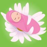 Bebé durmiente en margarita Imagen de archivo libre de regalías