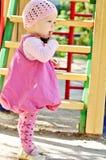 Bebé en el patio Imagen de archivo libre de regalías