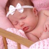 Bebé en pesebre Imagen de archivo libre de regalías