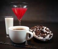 Beba a mistura de mistura do mixeddrink do cocktail da bebida da barra do álcool Foto de Stock