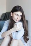 Beber da menina Imagens de Stock Royalty Free