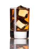 Bebida alcoólica com gelo Foto de Stock Royalty Free