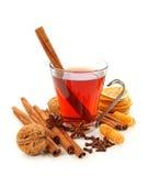 Bebida caliente del invierno con las especias Fotos de archivo