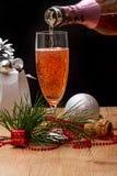 Bebida chispeante del rosa de la copa de vino Fotos de archivo